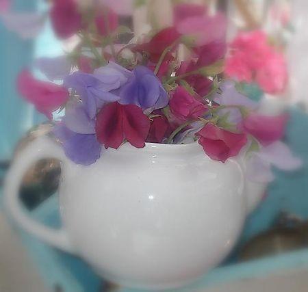 Www.antiejoy@blogspot.com Barn House Flea Market July 2008