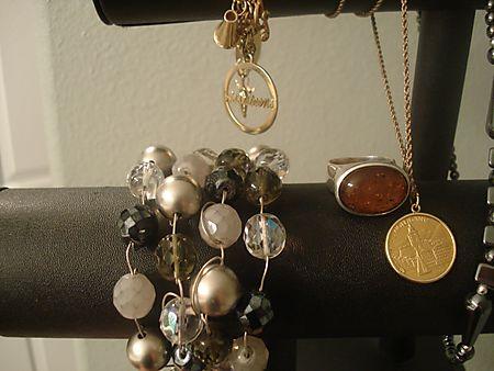 Amnw jewelry souvenir keepsakes