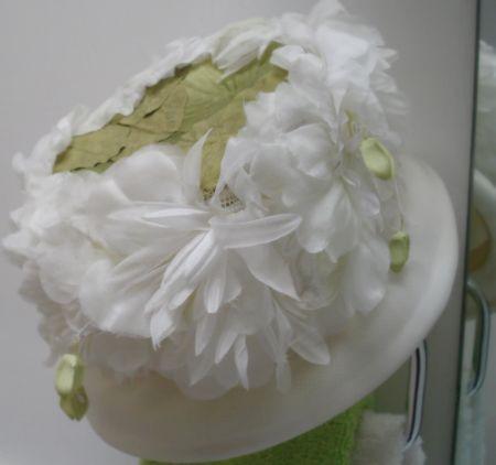 Shebang white floral hat