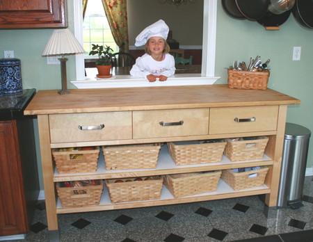 Danas_kitchen_work_station