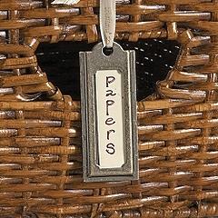 Hanging_label_holdersballard_design