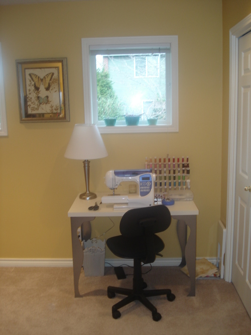 Jayne's sewing area after